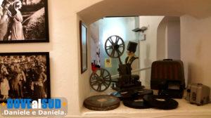 Oggetti in mostra museo Rodolfo Valentino