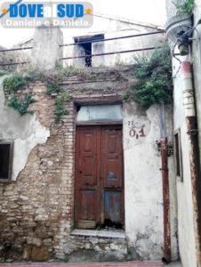 Vecchie case nel borgo antico di Salandra