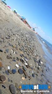 Sabbia e ghiaia spiaggia di Scanzano jonico