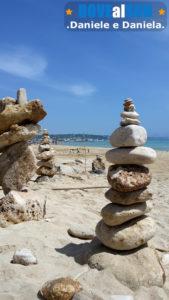 Spiagge di Pescoluse, mare con sabbia e pietre