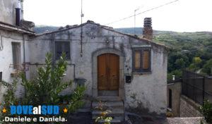 Casa nel centro storico di Rapone