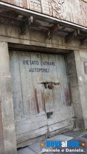 Parcheggiare l'auto a Ruvo del Monte (Basilicata)