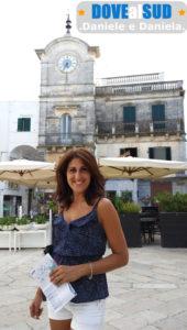 Piazza di Cisternino Torre dell'Orologio