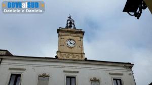 Orologio in piazza a Barile