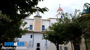 Centro storico Brindisi di Montagna piazza e chiesa