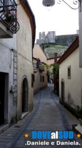 Vicoli Brindisi di Montagna vista Castello