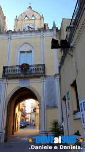 Porta del Castello o dell'Orologio