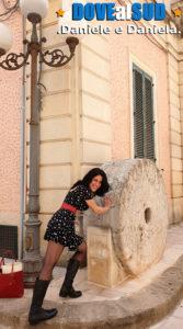 """""""Monumento"""": mola di pietra per olio di oliva"""