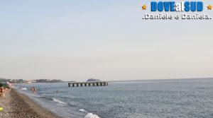 Mare con pontile e Isola di Cirella