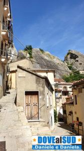 Case, roccia e vicoli