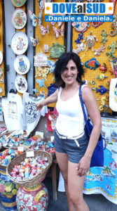 Negozi di souvenir su Corso Reginna in Costiera Amalfitana