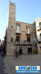 Torre dell'Orologio Piazza Menotti Garibaldi