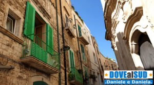 Centro storico di Molfetta, persiane verdi